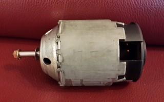 Замена моторчика отопителя Nissan X-Trail T31