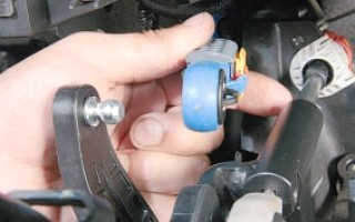 Регулировка тросов КПП Nissan Qashqai